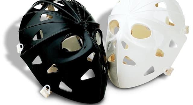 Deporte Pregunta Trivia: ¿Cuál de los siguientes jugadores usa una máscara especial dentro del campo de juego?