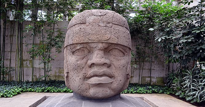 """Culture Trivia Question: Which civilization is famous for its artwork, named """"colossal heads""""?"""