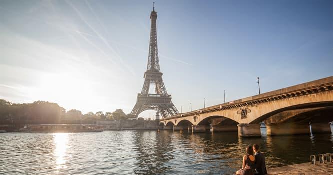 Geographie Wissensfrage: Wie hoch ist der Eiffelturm?
