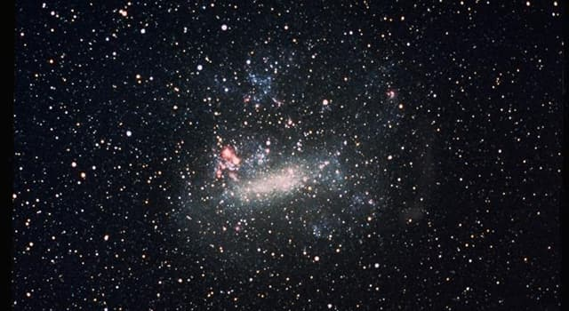 Сiencia Pregunta Trivia: ¿A cuántos años luz se encuentra de la vía láctea la Gran Nube de Magallanes?