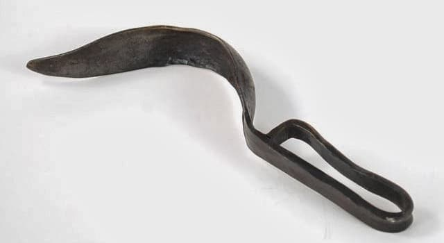 Historia Pregunta Trivia: ¿Cómo se llama el instrumento de la imagen usado en la cultura grecorromana por los atletas?