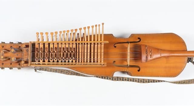 """Cultura Pregunta Trivia: ¿De qué país es originario el instrumento musical llamado """"Nyckelharpa""""?"""