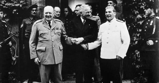 Historia Pregunta Trivia: ¿En cuántas zonas de ocupación se dividió Alemania tras la Segunda Guerra Mundial?