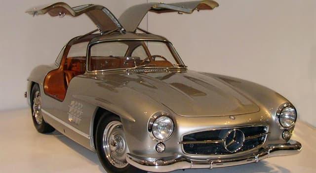 Sociedad Pregunta Trivia: ¿En qué años estuvo a la venta el automóvil Mercedes-Benz 300 SL?