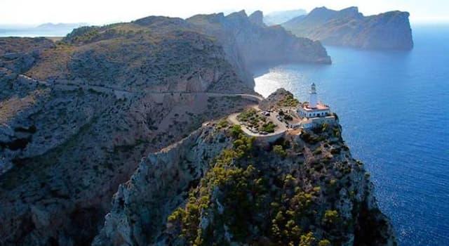 Geografía Pregunta Trivia: ¿En qué isla del archipiélago balear, España, está ubicado el cabo Formentor?