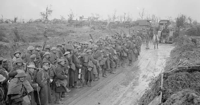 History Trivia Question: In which year did 'The Battle of the Somme' take place?
