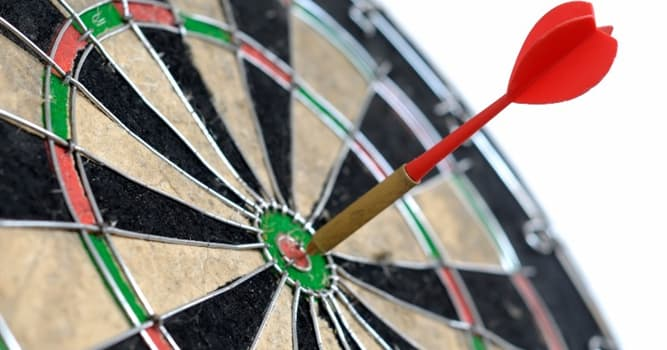 sport Pytanie-Ciekawostka: Jak nazywa się ściśle centralne koło tablicy do darta?