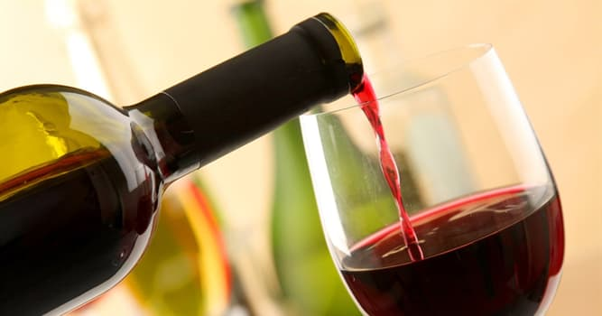 Cultura Pregunta Trivia: ¿Qué término utiliza un catador para describir el complejo aroma del vino?