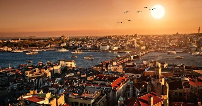 Geschichte Wissensfrage: Welche Stadt ist historisch als Konstantinopel bekannt?