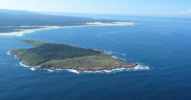 Geography Trivia Question: Where is Gabo Island located?