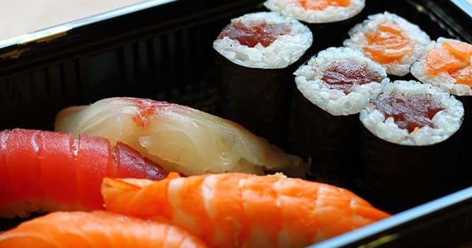 Kultur Wissensfrage: Worin wird Sushi traditionell eingerollt?