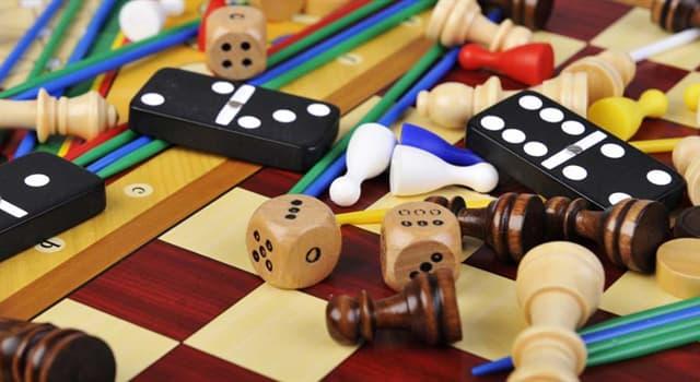 Deporte Pregunta Trivia: ¿A qué se juega con 32 trebejos en 64 escaques?