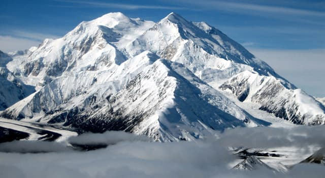 """Geografía Pregunta Trivia: ¿Con qué nombre se conoció hasta el año 2015 la actual montaña llamada """"Denali""""?"""
