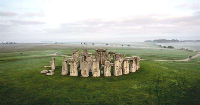 Historia Pregunta Trivia: ¿Cuál de las siguientes teorías sobre Stonehenge no existe?