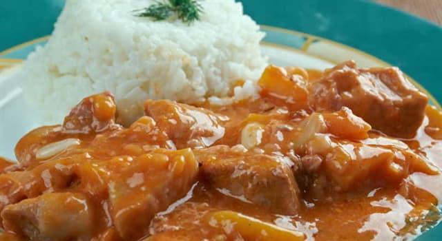 """Cultura Pregunta Trivia: ¿Cuál es el ingrediente principal del plato peruano denominado """"Carapulcra""""?"""