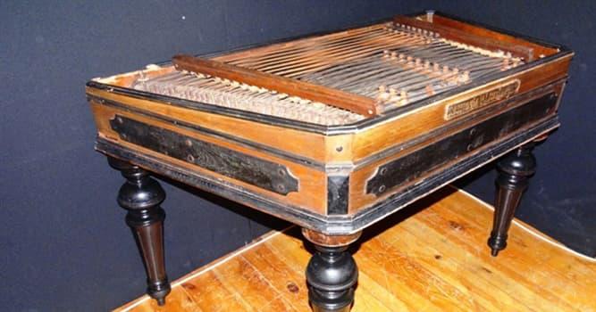 Cultura Pregunta Trivia: ¿Cuál es una característica especial del instrumento musical de cuerdas llamado címbalo?