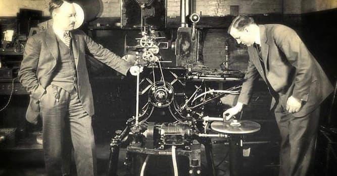 Películas Pregunta Trivia: ¿En qué año se fundó la compañía de sonido Vitaphone?