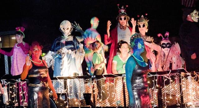 Cultura Pregunta Trivia: ¿En qué fecha se celebra el Festival del OVNI de Roswell (Roswell UFO Festival)?
