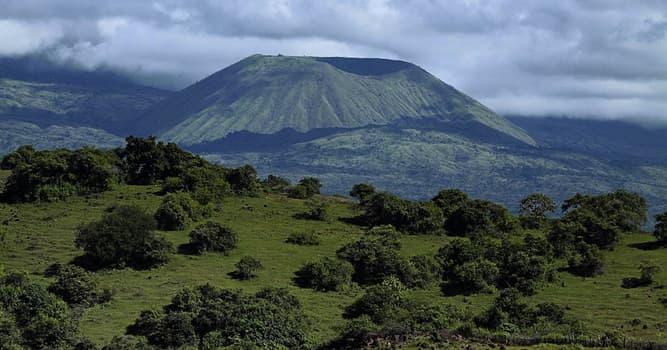Geografía Pregunta Trivia: ¿En qué país se encuentra el Monte Tambora o Tamboro?