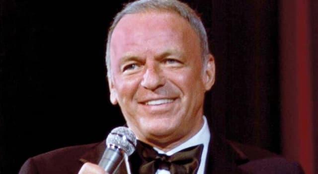 Películas Pregunta Trivia: ¿En qué película Frank Sinatra actúa como un experto del juego y adicto a las drogas?