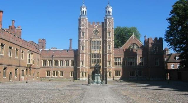 Sociedad Pregunta Trivia: ¿Enlas cercanías de qué castillo se encuentra el Eton College (Colegio Eton)?