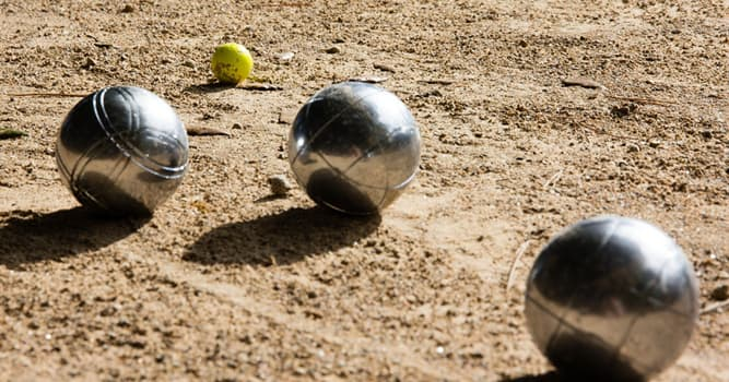 Deporte Pregunta Trivia: ¿Cómo se llama el deporte tradicional en el que se lanzan bolas metálicas?