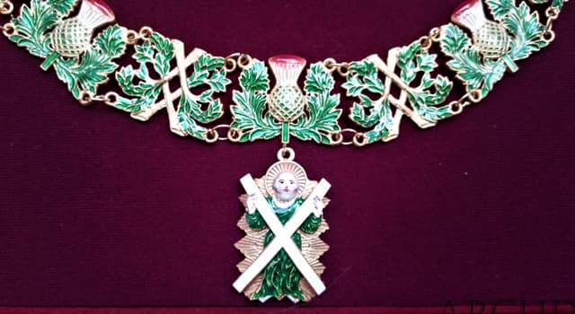 Sociedad Pregunta Trivia: ¿Cuál de estas es una orden de caballería asociada a Escocia?