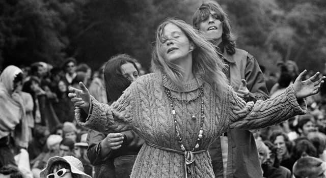 Historia Pregunta Trivia: El verano de 1967 es conocido como el verano del amor. ¿Qué subcultura está envuelta en este fenómeno social?