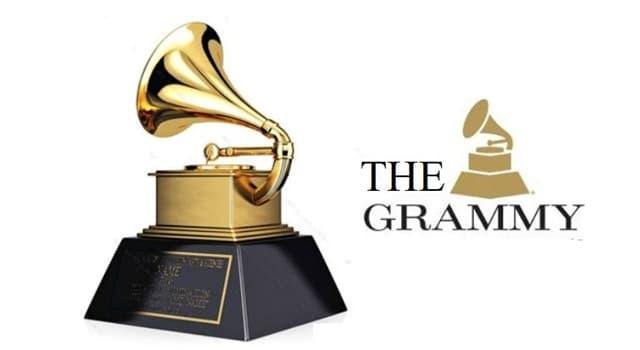 """Cultura Pregunta Trivia: ¿Qué cantante y bailarín norteamericano obtuvo 8 premios """"Grammy"""" en 1984?"""