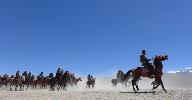 Deporte Pregunta Trivia: ¿Qué es el buzkashi o kokpar en La República Islámica de Afganistán?