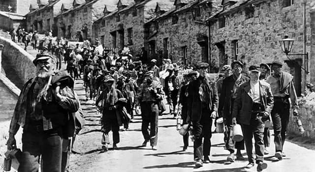 Películas Pregunta Trivia: ¿Qué película dirigida por John Ford en 1941 trató sobre la vida de los mineros galeses?
