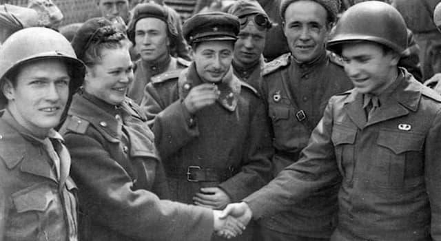 Historia Pregunta Trivia: ¿Qué símbolo fueron obligados a llevar los judíos para ser reconocidos en territorios ocupados por el Reich?
