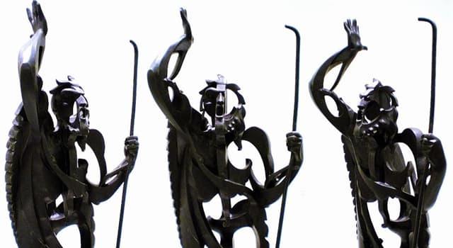 "Cultura Pregunta Trivia: ¿Quién es el autor de la escultura ""El Profeta"" que se muestra en la imagen?"