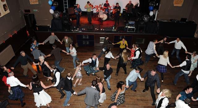 "Cultura Pregunta Trivia: ¿De qué países es tradicional la danza llamada ""Céilidh""?"