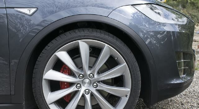 Sociedad Pregunta Trivia: ¿De qué parte de un automóvil hablamos cuando decimos alineación y balanceo?