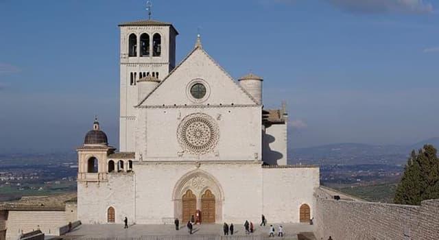 Cultura Pregunta Trivia: ¿Dónde se localiza la Basílica Patriarcal de San Francisco?