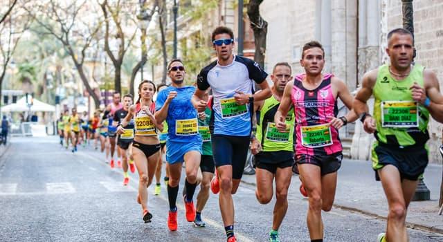 Deporte Pregunta Trivia: ¿En cuál de los siguientes maratones se consiguieron siete de las diez mejores marcas de la competición?