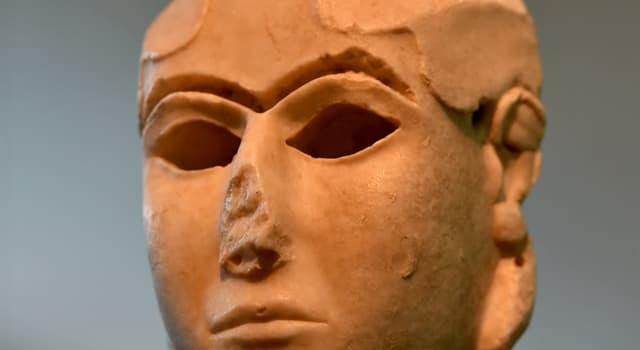 Historia Pregunta Trivia: ¿En qué civilización fue esculpida la Dama de Warka o Dama de Uruk?