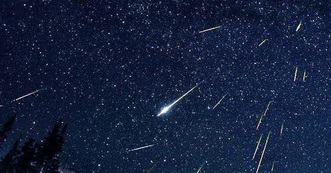"""Naturaleza Pregunta Trivia: ¿En qué meses del año se puede observar la lluvia de meteoros denominada """"Perseidas""""?"""