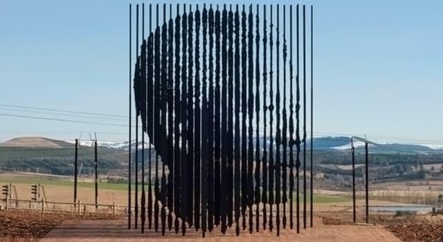 Cultura Pregunta Trivia: ¿En qué país se puede visitar el monumento fotografiado?