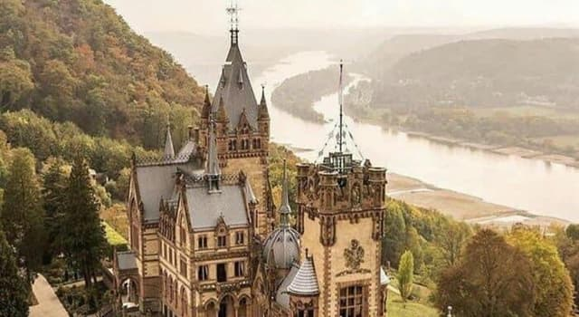 Historia Pregunta Trivia: ¿En qué siglo fue construido el Castillo Alemán Drachenburg?