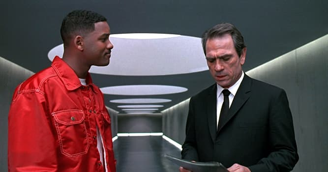 Películas Pregunta Trivia: ¿De qué color eran los trajes que usaban los dos agentes de esta película de ciencia ficción de 1997?