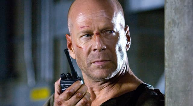 """Películas Pregunta Trivia: ¿Cuál es el nombre del personaje principal en """"Duro de Matar""""?"""