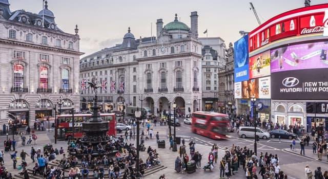 Geografía Pregunta Trivia: ¿Qué ciudad tiene un emblemático lugar llamado Piccadilly Circus?