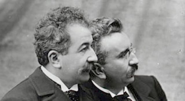 Películas Pregunta Trivia: ¿Qué acontecimiento grabaron las cámaras de los hermanos Lumière en 1898 en España?