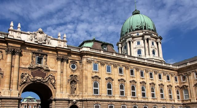 Geografía Pregunta Trivia: ¿Qué ciudad europea tiene como símbolo el Castillo de Buda?
