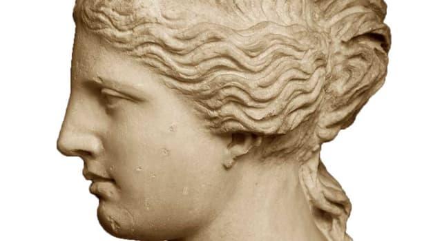 """Cultura Pregunta Trivia: ¿Qué le falta a la """"Venus de Milo""""?"""