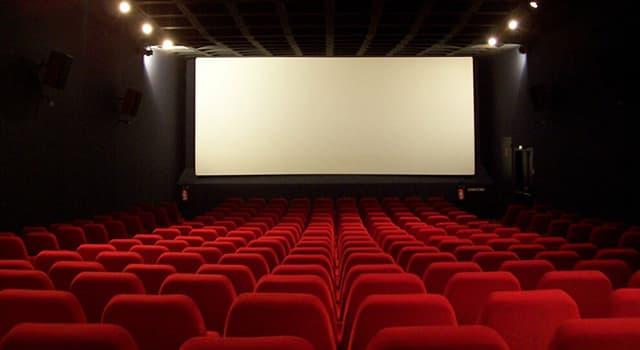 Películas Pregunta Trivia: ¿Qué personaje histórico interpretaron en el cine Ingrid Bergman, Jean Seberg y Milla Jovovich?