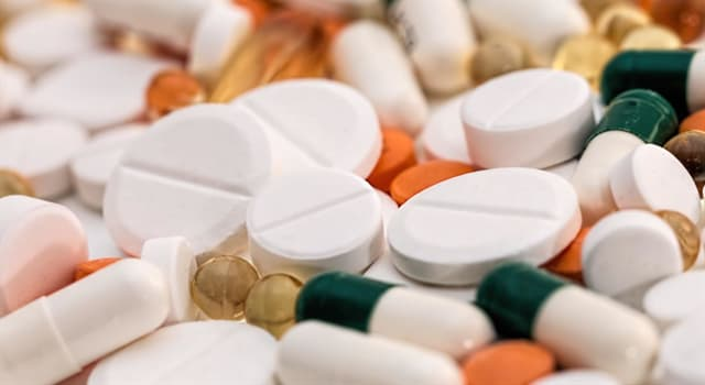 Сiencia Pregunta Trivia: ¿Qué tipo de fármaco sirve para evitar náuseas y vómitos?