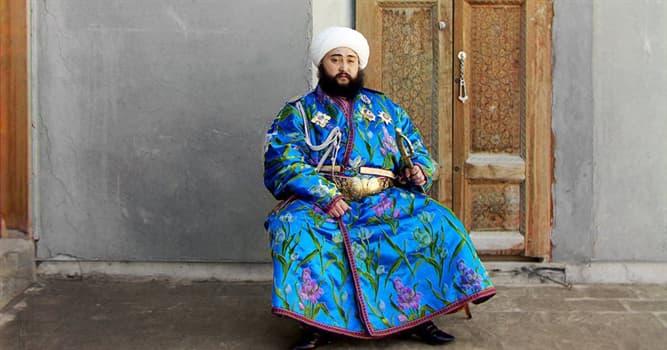 Cultura Pregunta Trivia: ¿Qué nombre de prenda de vestir significa en árabe 'traje honorífico'?